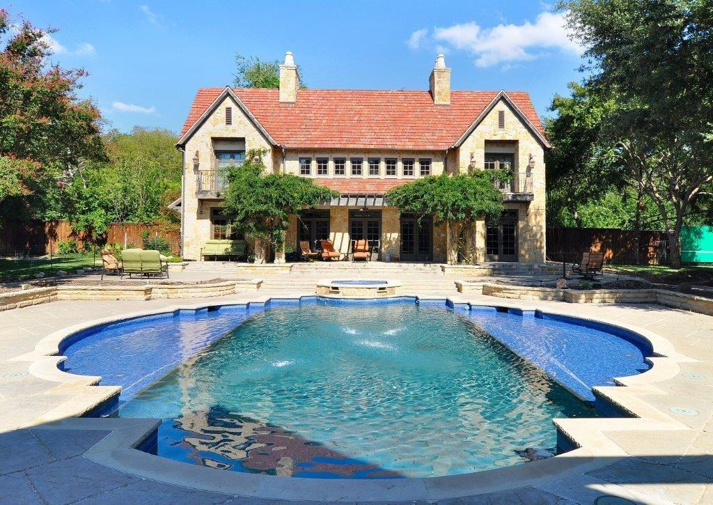 POOL & BACKYARD REMODEL IN PRESTON HOLLOW.