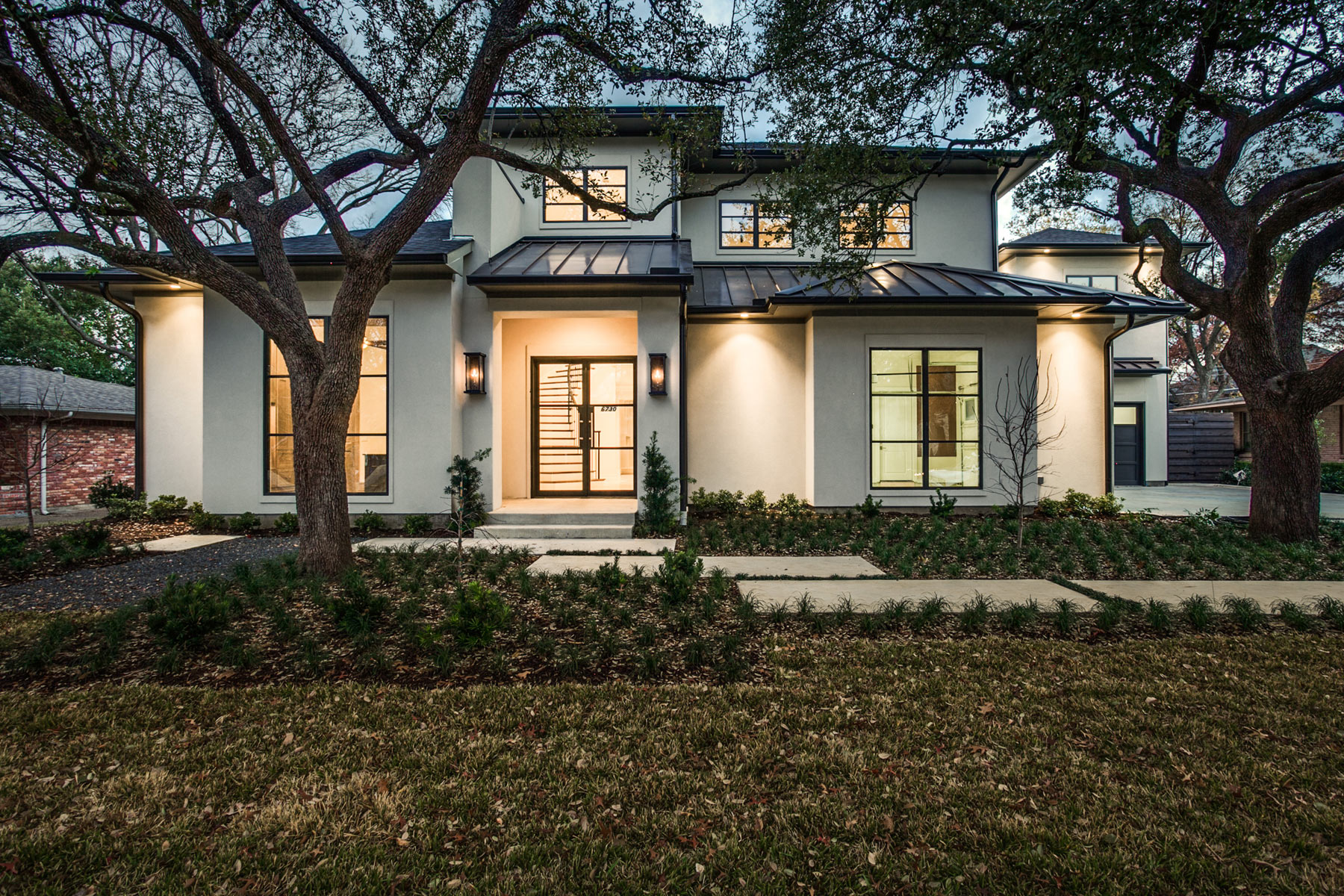 Transitional modern in preston hollow sold desco fine for Modern custom homes