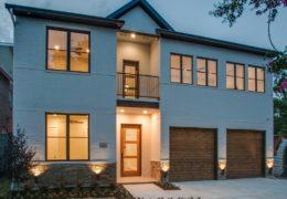 CUSTOM BUILT HOME IN LAKEWOOD, DALLAS, TX – BUILT BY CUSTOM HOME BUILDER, DESCO FINE HOMES.